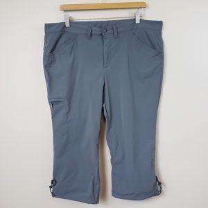 Eddie Bauer Cropped Capri Cargo Pants